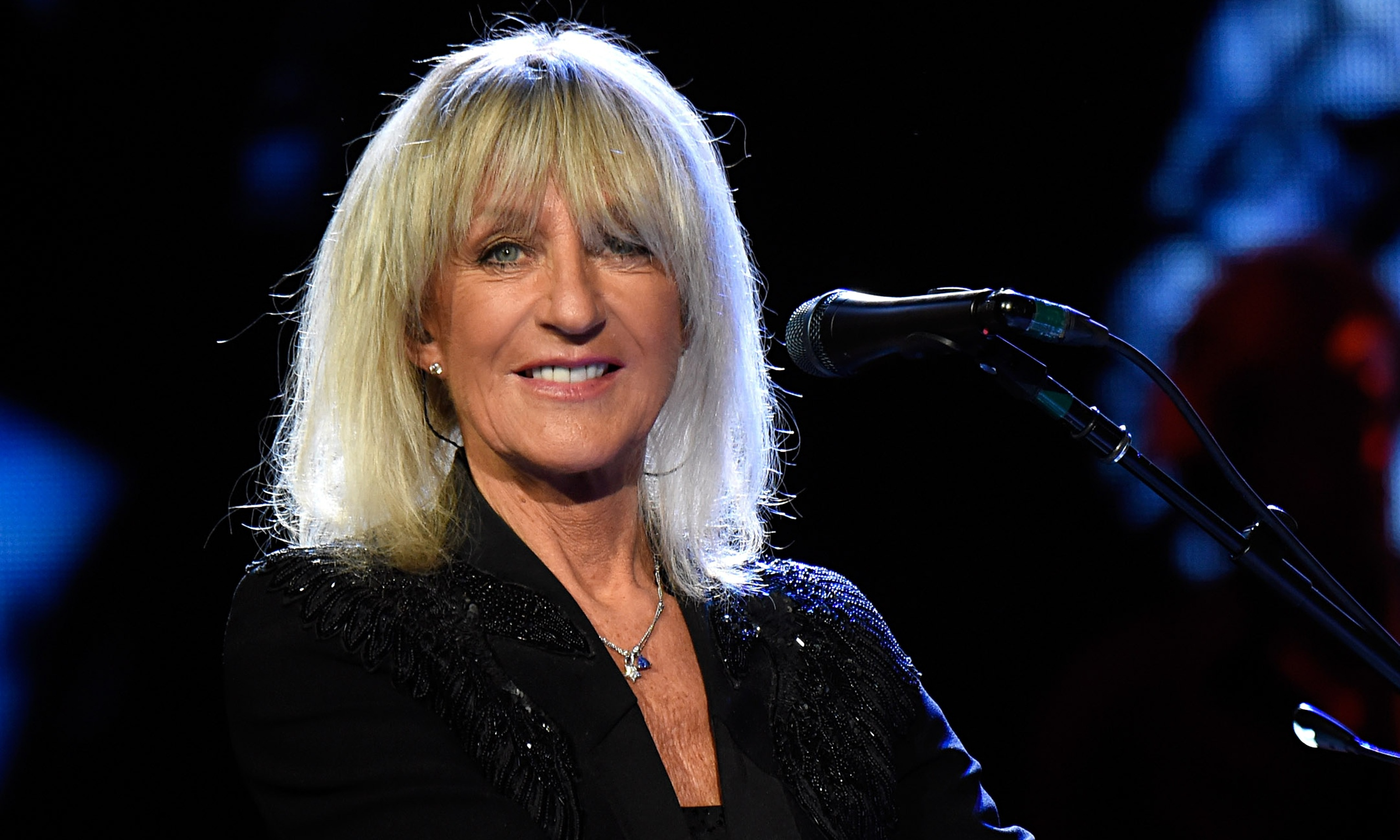 how tall is christine mcvie