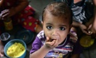 MDG : Hunger index : Indian children eat free meal at the nutrition centre of Apnalaya