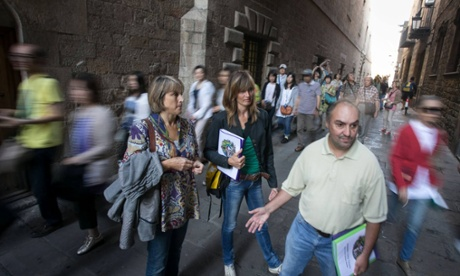 How Barcelona's homeless are guiding tourists round the city's underbelly