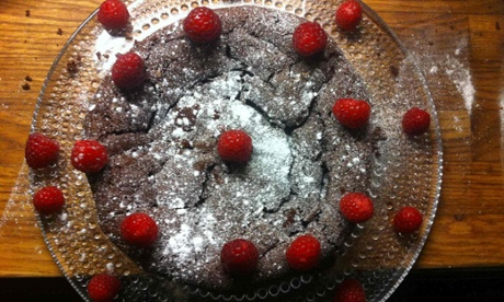 Annie Bell's flourless chocolate cake