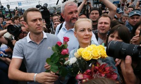 'Путин разрушает Россию. Почему а его режим основан на коррупции?' спрашивает Навальный