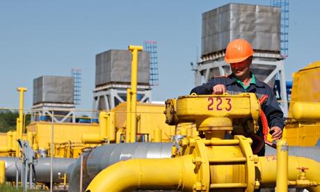 Президенты России и Украины на гране решения газового вопроса