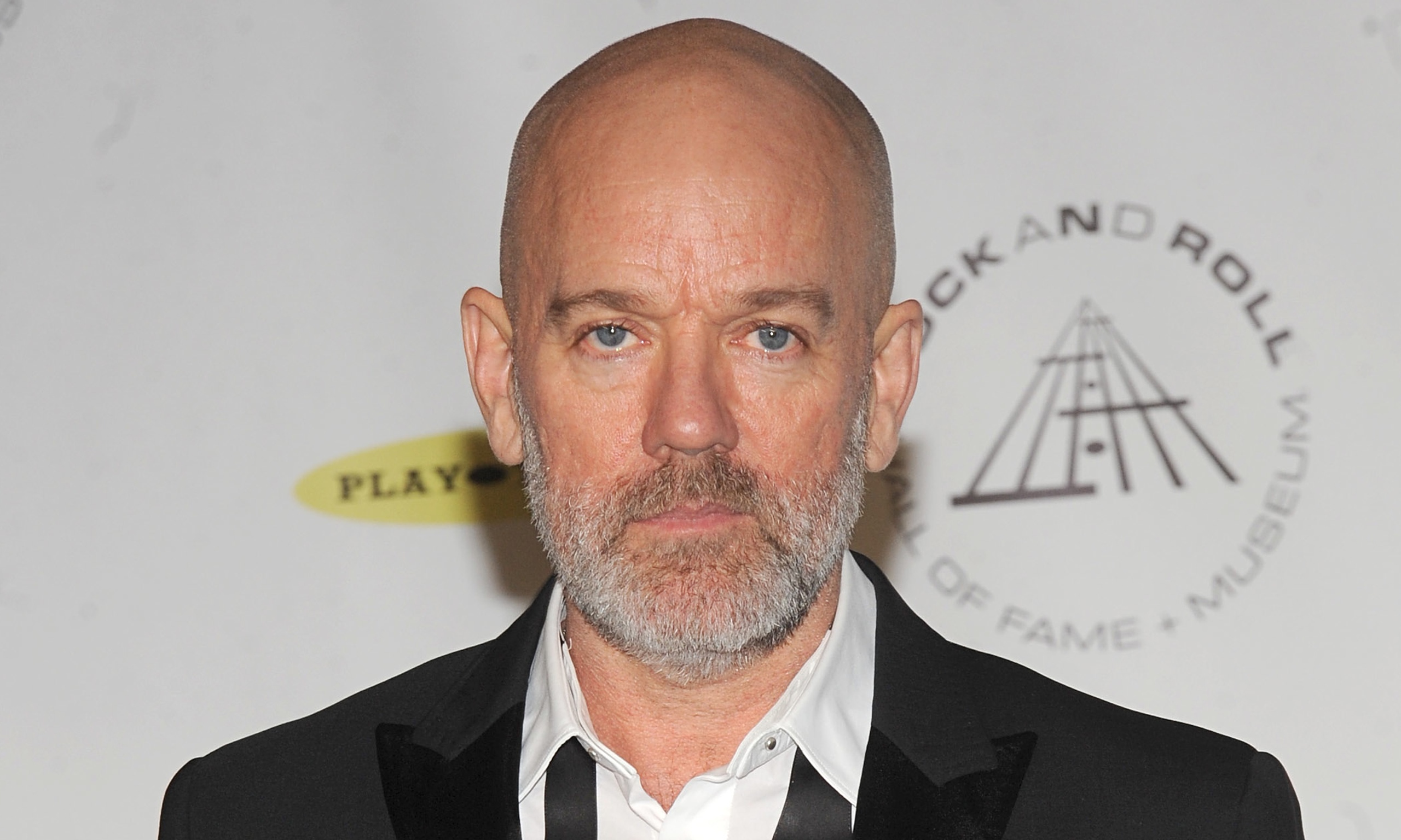 how tall is michael stipe