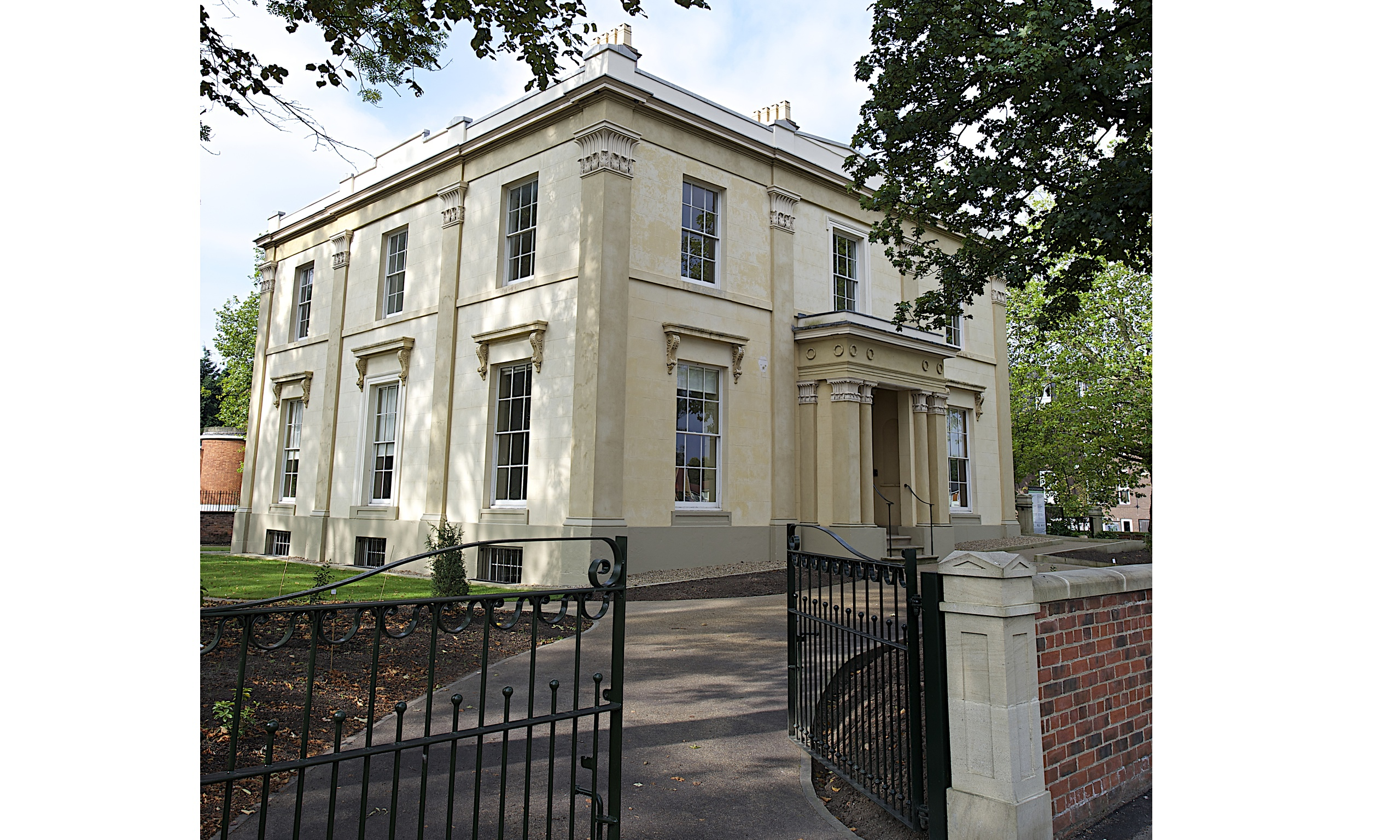Elizabeth gaskell s rare victorian villa reopens after 2 for Pictures for the house
