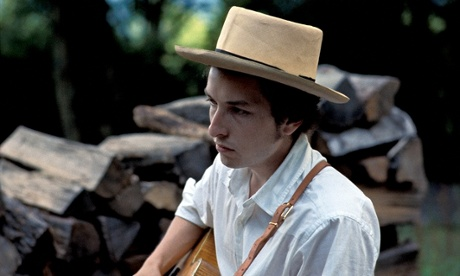 Bob Dylan retreats to the country