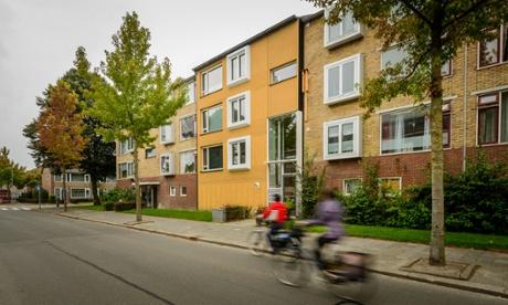 Energiesprong renovated building in Groningen.