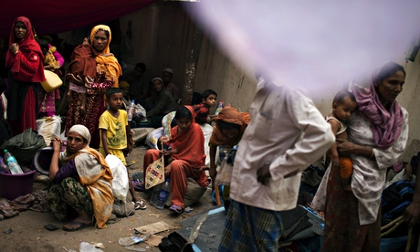 Burmese refugees pay up to $1,000 for official refugee status in Malaysia