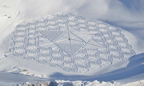 Simon Beck's astonishing landscape and snow art illustrates the cold beauty of mathematics – in pictures
