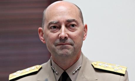 Бывший командующий призывает НАТО поставить оружие в Украину