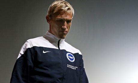 Sami Hyypia resigns as Brighton manager