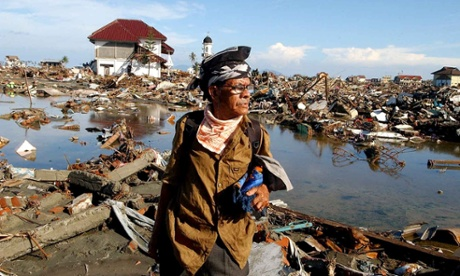 2004 Indian Ocean tsunami: how Aceh recovered, and Sri Lanka declined