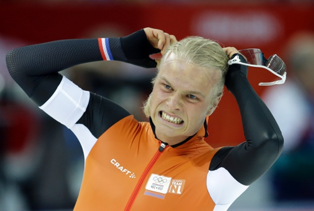 A dominating performance from the Netherlands so far came untethered after Koen Verweij lost in the men's 1500m final. The race itself was declared a dead heat, but the judges gave it to Poland's Zbigniew Brodka.