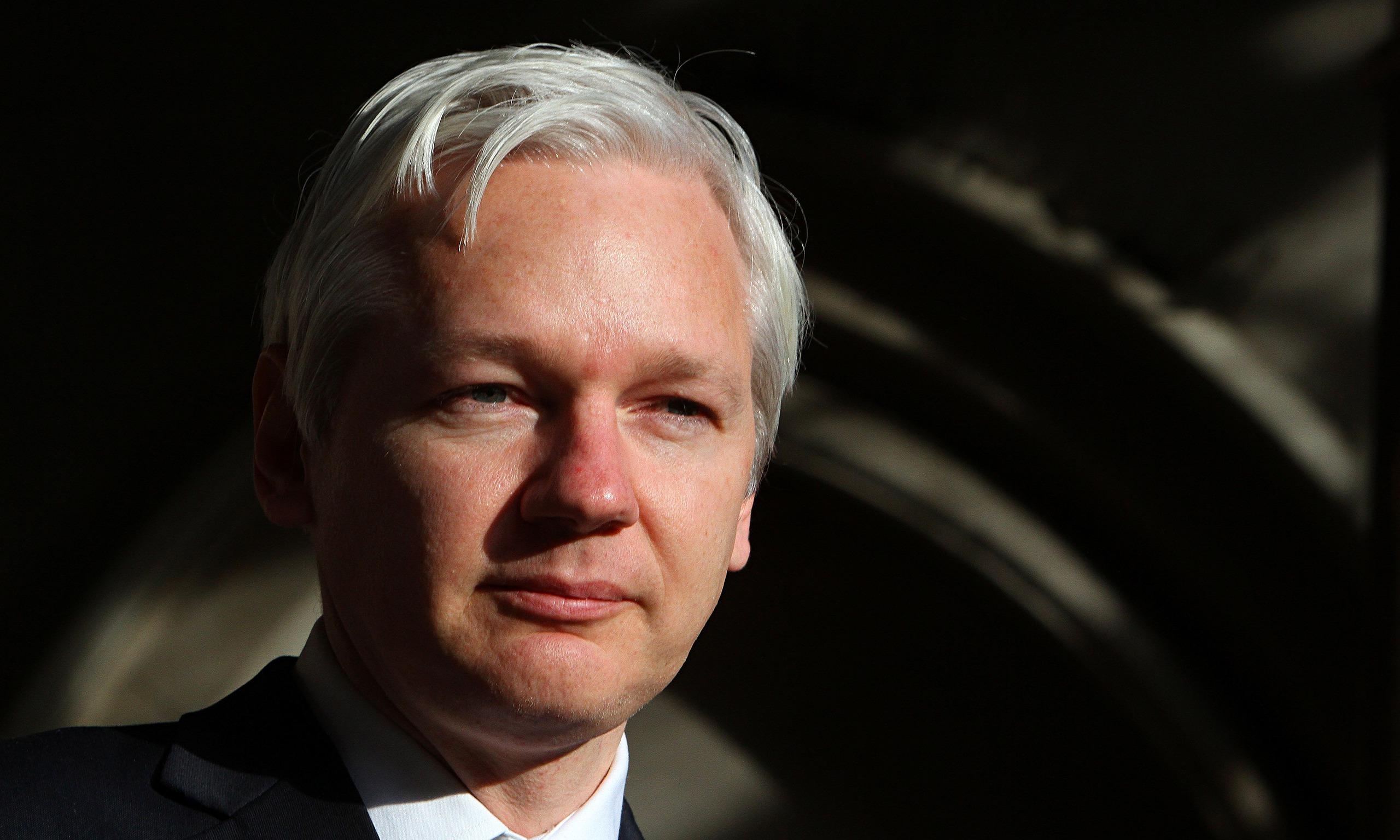 Julian assange autobiography