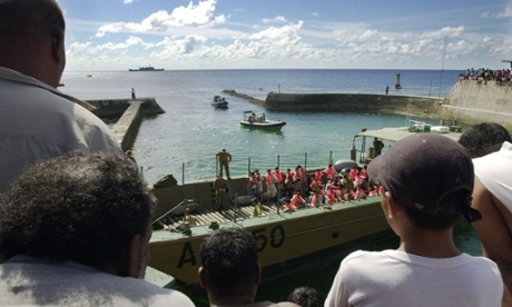 Asylum seekers arrive on Nauru in 2001.