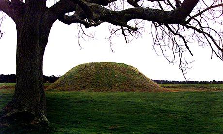 Royal settlement linked to Sutton Hoo treasures