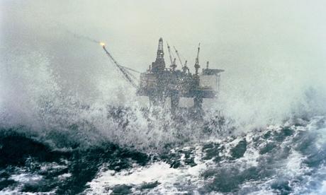 "Ex govt adviser: ""global market shock"" from ""oil crash"" could hit in 2015 thumbnail"