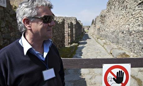 Pompeii theft