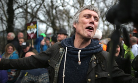 Bez, issuing forth some sort of rallying political cry, by the looks of it.