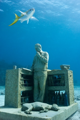 The Dream Collector MUSA Collection 2009 Depth 9m Cancún, Mexico.
