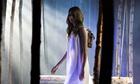 Cara Delevingne models a Mulberry bag at London fashion week