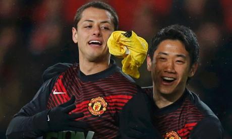 Javier Hernandez and Shinji Kagawa
