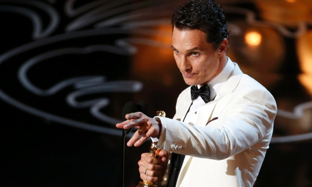 Matthew McConaughey with his Oscar for best actor