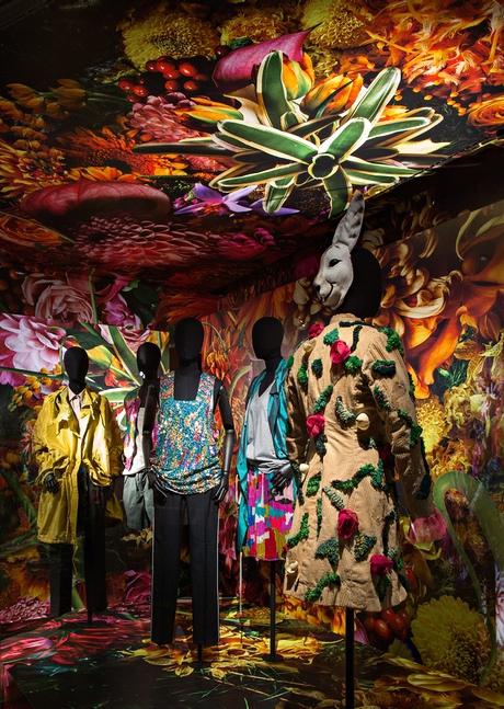 Dries van noten inspirations exhibition review fashion the guardian - Les arts decoratifs paris ...