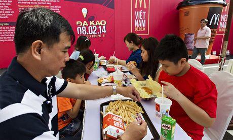 VIETNAM-US-FOODS-COMPANY-MCDONALDS