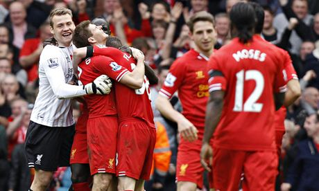 Steven Gerrard praises Liverpool display in defeat of Manchester City