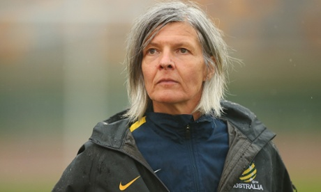 Hesterine de Reus leaves her post as Matildas coach