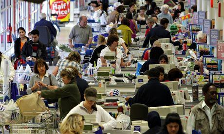 Supermarket shoppers