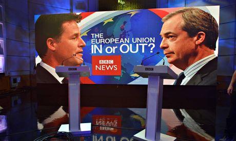 La Grand Bretagne doit-elle sortie de l'UE (Débat Farage-Clegg) Farage-and-Clegg-debate-011