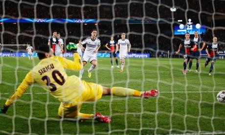 Chelsea's Eden Hazard scores from the spot against PSG.