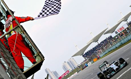Chinese Grand Prix comes to abrupt end after flag waved one lap too early
