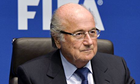 Sepp Blatter has been handed the final report of an independent governance committee on Fifa reform
