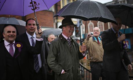 Ukip leader, Nigel Farage, campaigns in Dudley for votes in the European elections