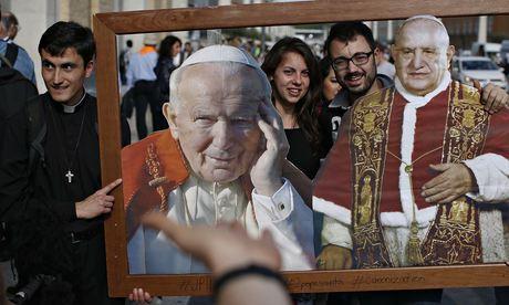 Catholic-faithful-pose-wi-011.jpg