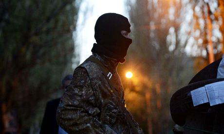 Украина: пророссийские сепаратисты держат европейских военных наблюдателей в плену