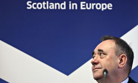 Scotland first minister Alex Salmond prepares to make his speech at the College of Europe in Bruges