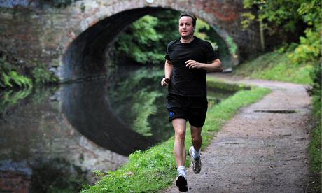 David Cameron runs along Worcester and Birmingham Canal