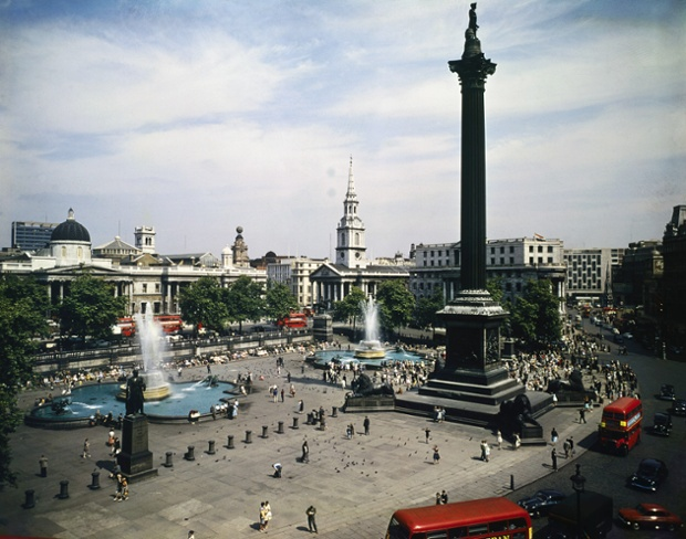 Trafalgar Square in 1961, from left: National Gallery, St Martins-in-the-Fields, South Africa House, and The Strand .