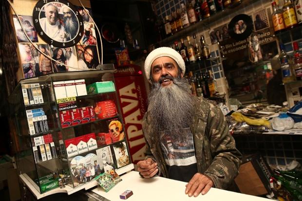 "Piala Dunia  - ""Bin Laden"" Siap Sambut Fans Piala Dunia Di Brasil"