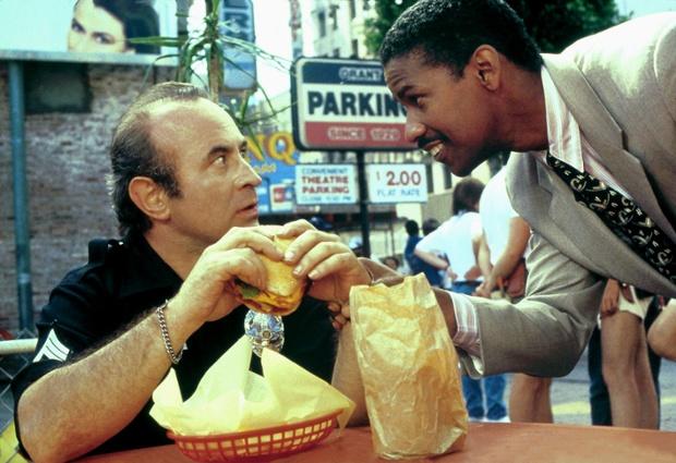 Bob Hoskins and Denzel Washington in Heart Condition, 1990