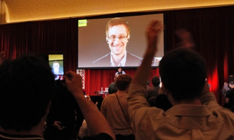Snowden talks to candidates
