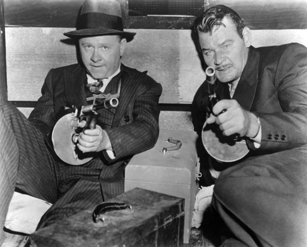 Mickey Rooney and Leo Gordon in the 1957 film Baby Face Nelson.