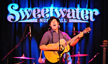 Sweetwater Music Hall, San Francisco, The Family Crest performing