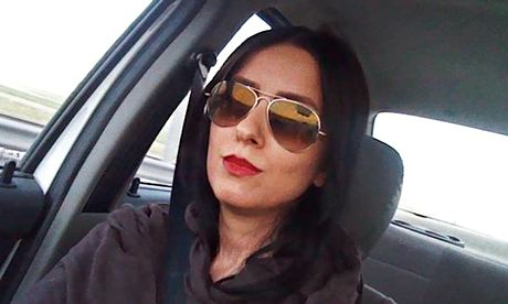 Facebook campaign, Iranian women remove hijab