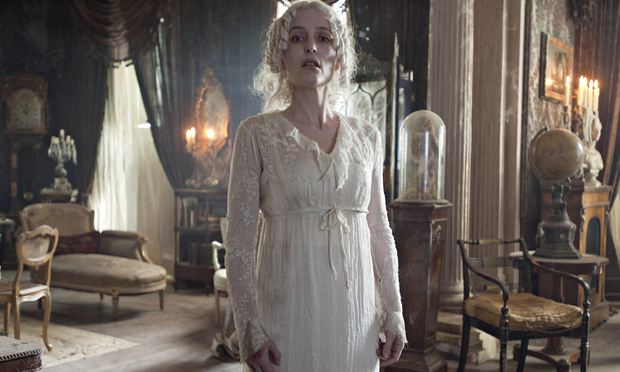 the comparison of portrayal of miss havisham in great expectations by charles dickens and boo radley Great expectations charles dickens  compare and contrast the characters of  if your essay on to kill a mockingbird focused on the character of boo radley, .