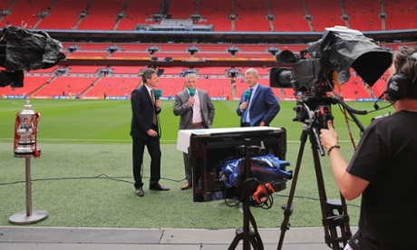 Andy Townsend and Adrian Chiles give Dean Windass a pre-match grilling.