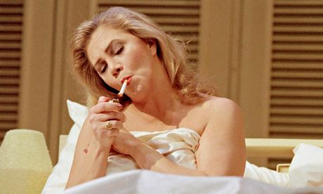 Kathleen Turner on stage in The Graduate  in 2000  Photograph  Rowena    Kathleen Turner 2014
